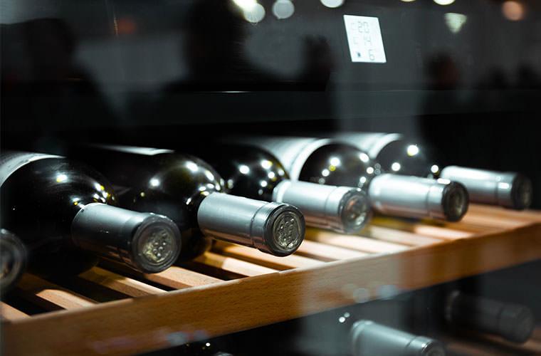 セラーが空くとソワソワするの。デイリーユースのこだわりワイン