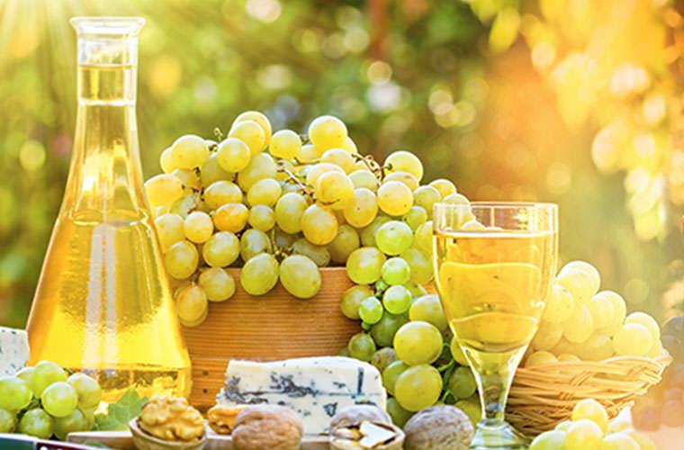 フルーティーな香りが魅力の白ワイン