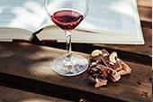 季節のイベントでワインを楽しむ
